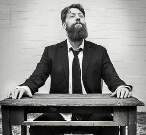 interview + acoustic in-studio: Paul Fonfara