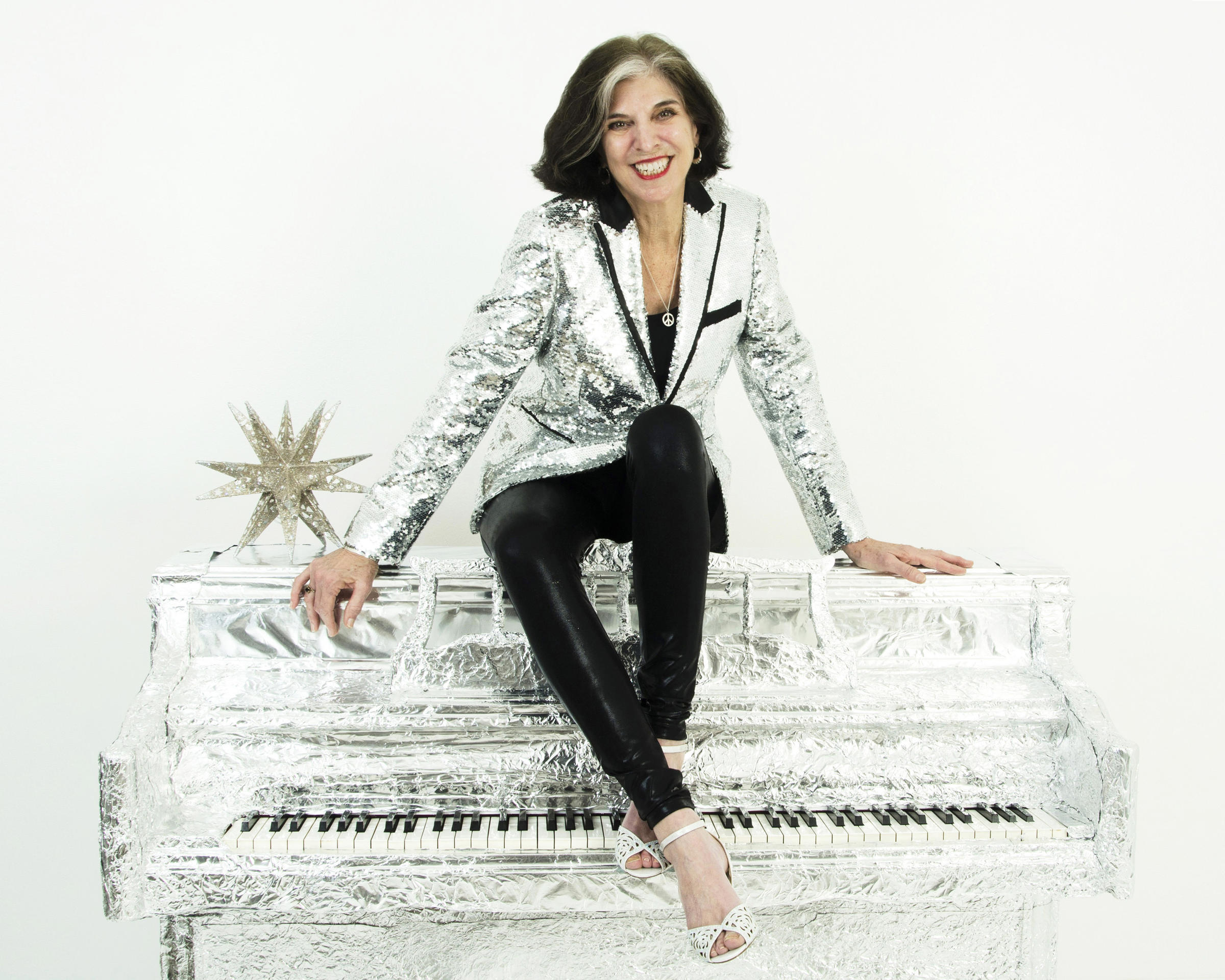 a3b75359b9b Tune into WMSE to listen to DJ Jerry Glocka chat with Marcia Ball ahead of  her show with Sonny Landreth at the Northern Lights Theater on Tuesday